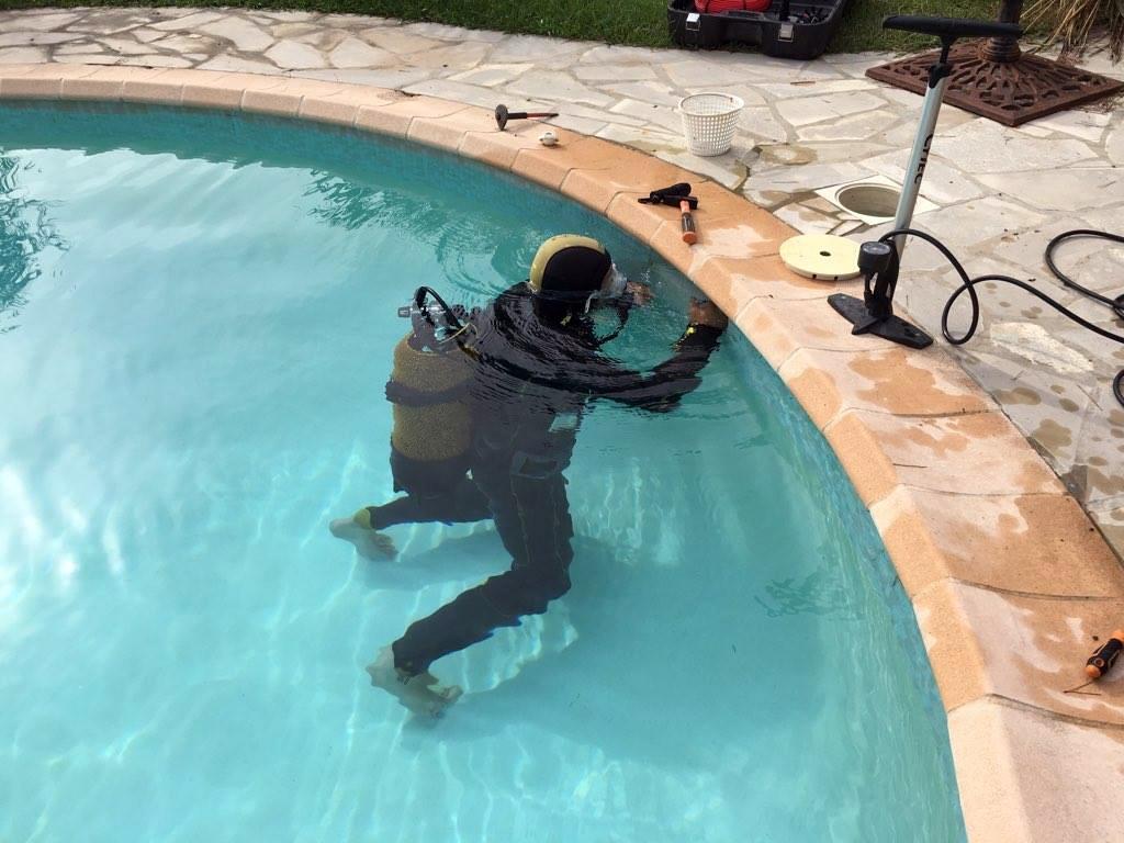 plongeur fuite piscine