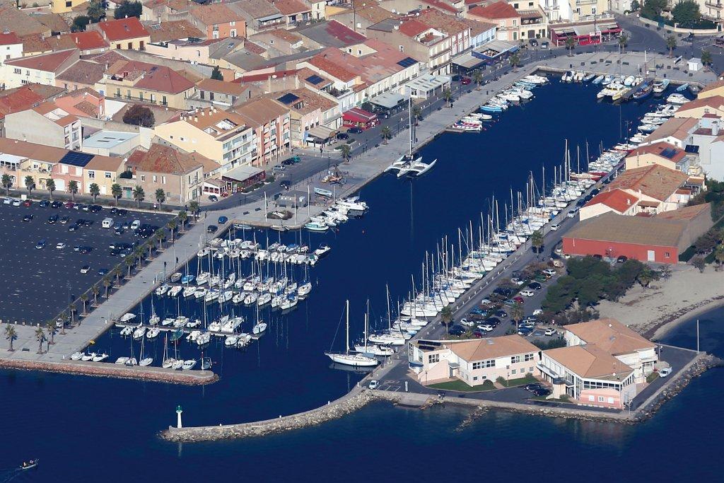 Port de la ville de Mèze - AQUA SERVICE votre pisciniste